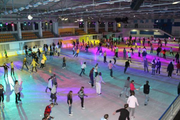Каток дворец спорта фото