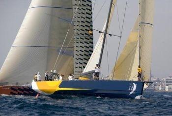 у Volvo Ocean Race есть правило, по которому за все девять месяцев гонки каждая команда может использовать всего 24 паруса