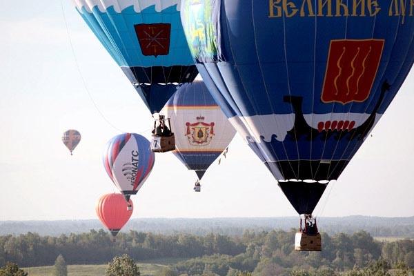 Сегодня в Ярославской области стартовал фестиваль воздухоплавателей.